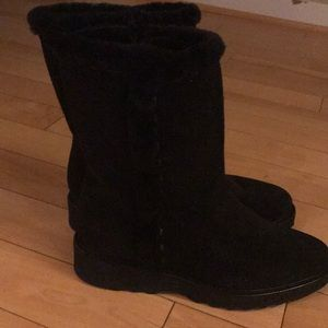 Aquatalia Kalena Fur Lined Suede Booties